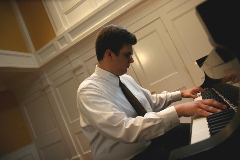 RSC Alumn Evan Rees piano